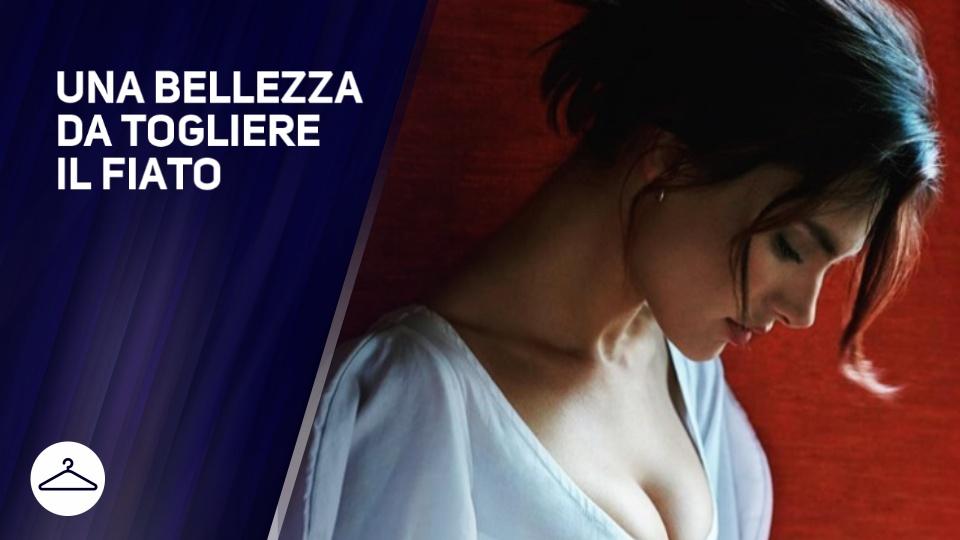 Alessandra Ambrosio e' 'bella come un quadro'